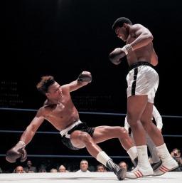 Campeão mundial de boxe Muhammad Ali (Quadro 4)