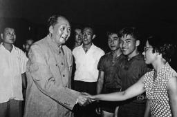Campeão de tênis de mesa Rong Guotuan (imagem 2)