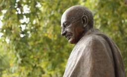 Mohandas Karamchand Gandhi (Quadro 4)